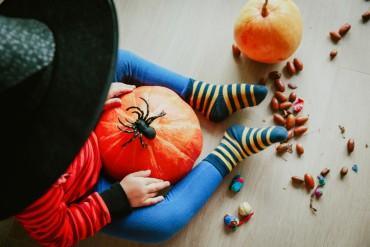 KidsZone_HalloweenCrafts