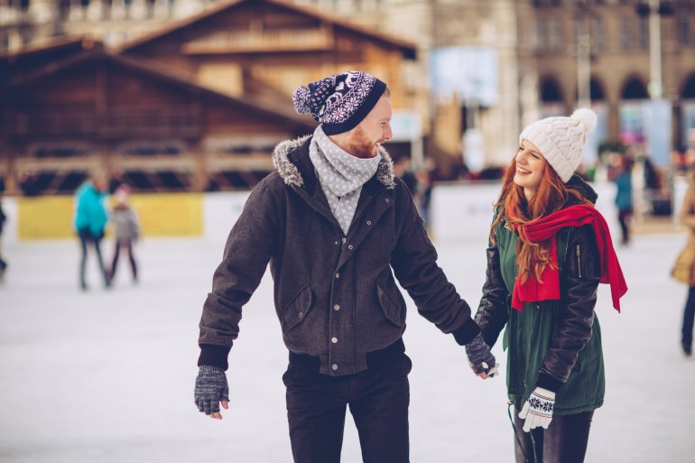 7 Winter Exercises To Stay Active This Holiday Season -min