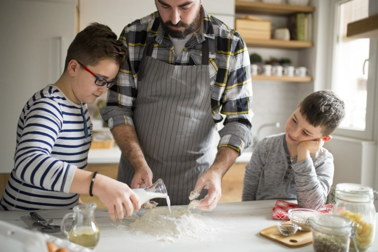 Getting Your Kids Involved in Holiday Cooking-min