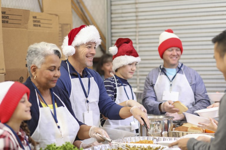 Give the Utlimate Gift This Holiday  Season With Your Family By Giving Back To Your Community-min